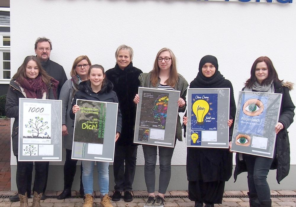 Plakate für die Bürgerstiftung. Foto: privat