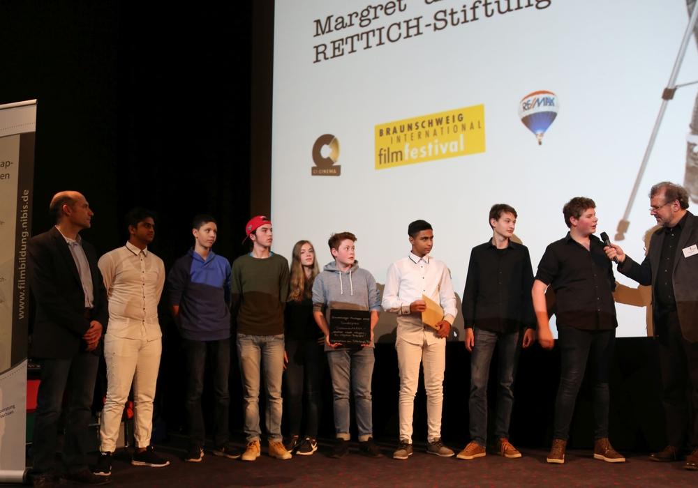 Schüler des Peiner Gymnasiums am Silberkamp bekamen im vergangenen Jahr einen Sonderpreis für ihre Dokumentation. Foto: Filmklappe