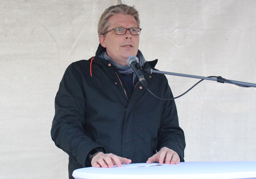 Stadtbaurat Heinz-Georg Leuer hat die Brücke bereits am heutigen Montag eröffnet. Symbolfoto: Archiv