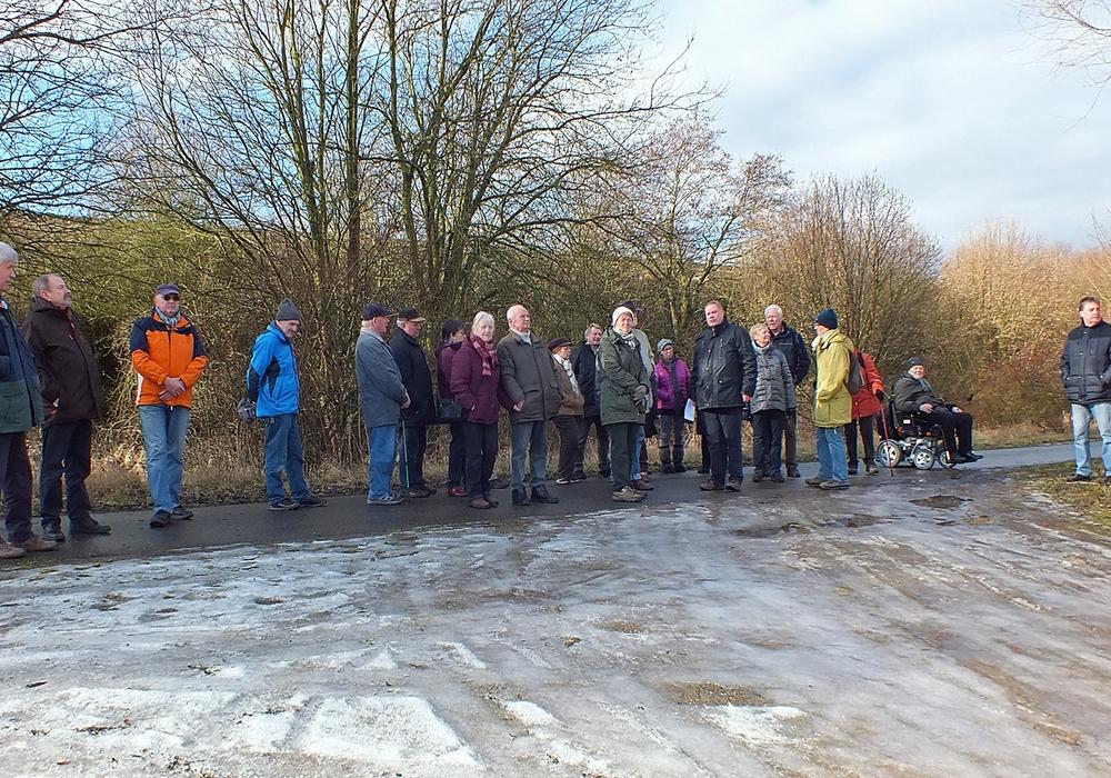 Die Wanderwege am Lappwaldsee wurden auf Barrierefreiheit überprüft. Foto: Verkehrswacht
