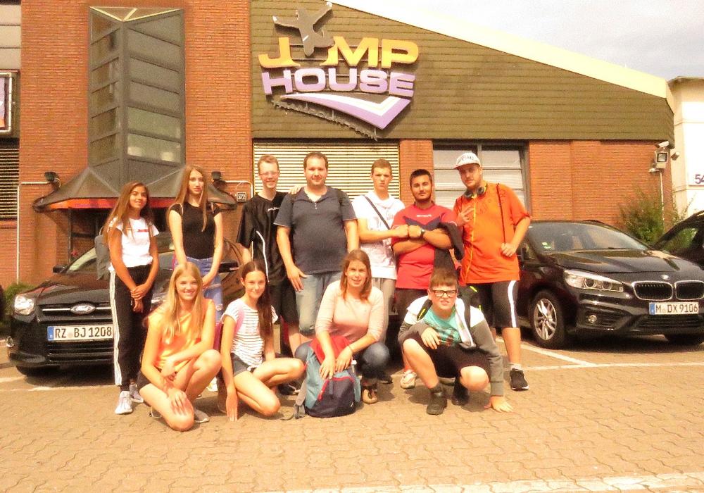 Im Rahmen der Aktionswoche waren die Jugendlichen unter anderem Jump House Hamburg. Foto: Stadt Wolfsburg