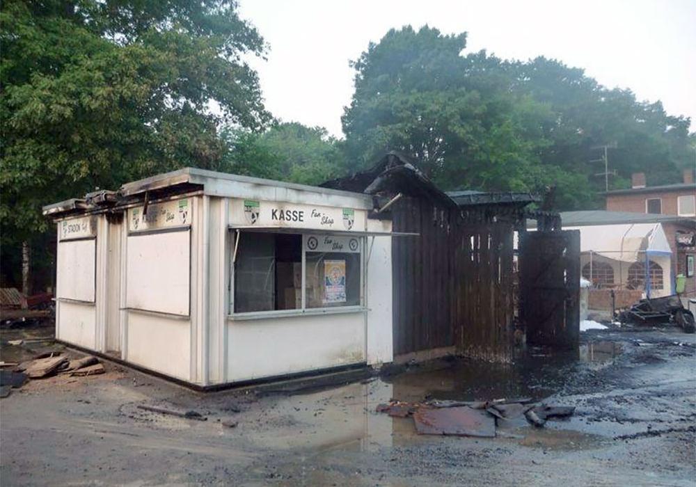 Im Juli 2013 brannte es auf dem Vereinsgelände. Der BSC Acosta übernahm die Kosten für die Sanierung. Archivfoto: Frank Vollmer