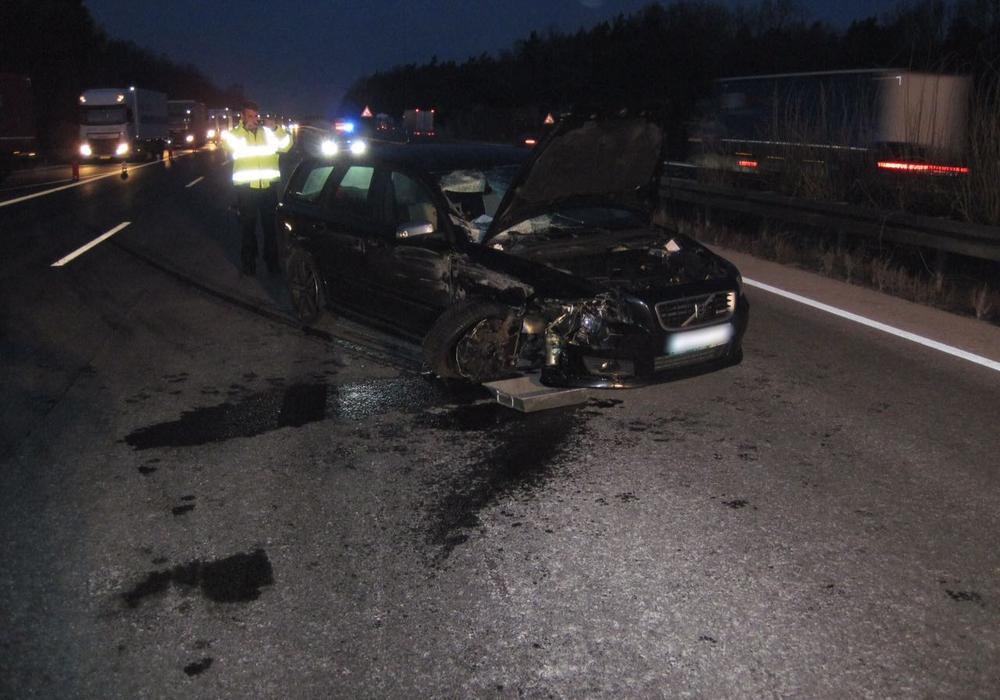 In dem Auto hatten fünf Personen gesessen. Foto: Feuerwehr Wendhausen