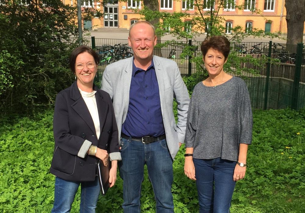 Katrin Unger (Schulleiterin Henriette-Breymann-Gesamtschule), Ulf Blanke (Schulleiter IGS Schöppenstedt), Ursula Miege (Schulleiterin IGS Wallstraße). Foto: IGS Wallstraße