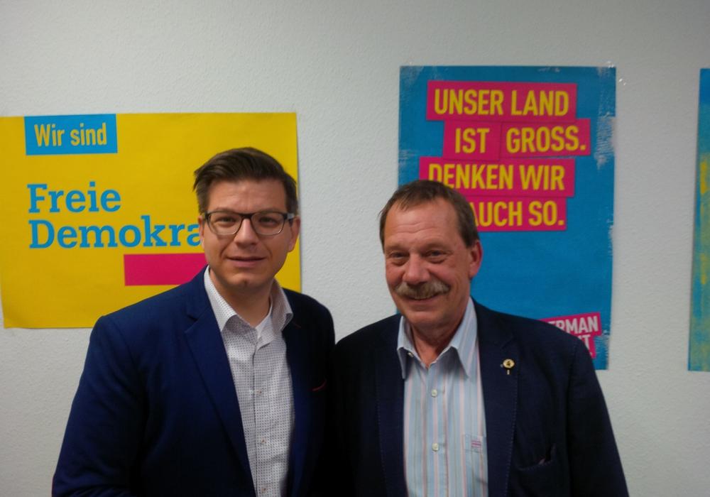 Björn Försterling (links) und Thomas Fach bilden die FDP-Fraktion im neu gewählten Wolfenbütteler Kreistag. Foto: Försterling