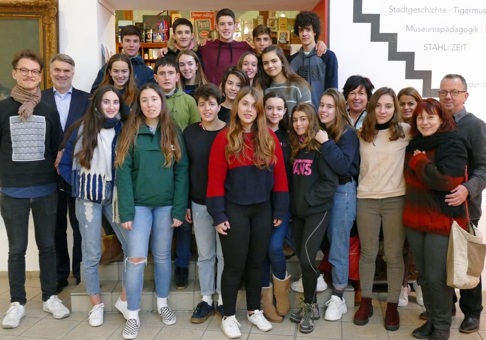 Die spanische Schülergruppe besuchte die Kreisverwaltung. Foto: Landkreis Peine