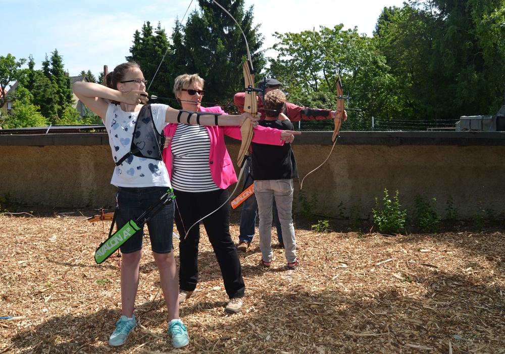 Bogenschießen für Jedermann ab zehn Jahren. Foto: Privat