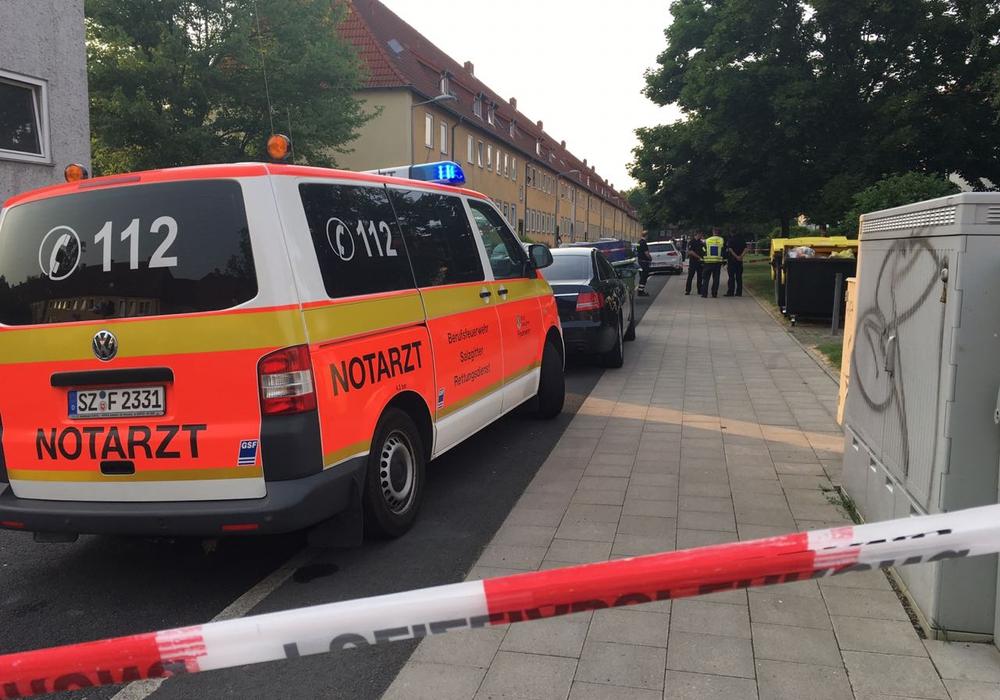 In Lebenstedt soll ein Mann seine Frau erschossen haben. Fotos und Video: aktuell24/BM