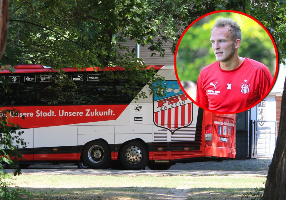Der Mannschaftsbus des FSV Zwickau parkt vor dem Freie-Turner-Stadion. Ex-Löwe Julius Reinhard (kleines Bild) lästerte vor dem Spiel gegen seinen ehemaligen Club. Fotos: Frank Vollmer