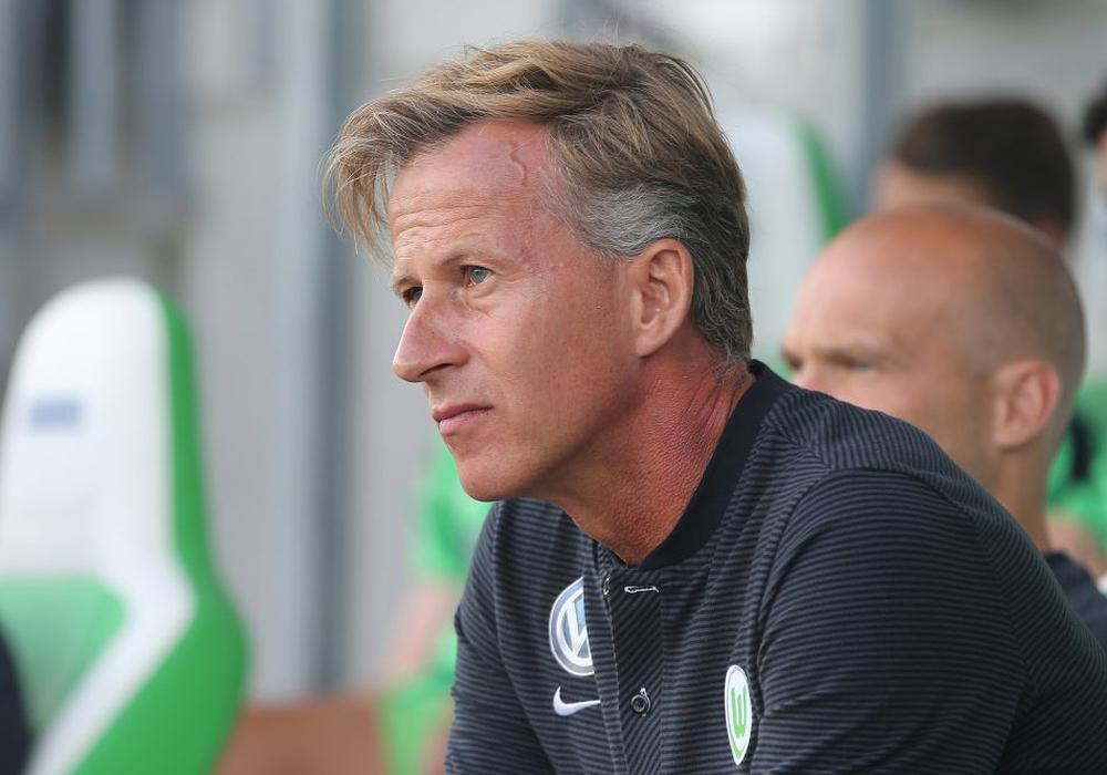 Stellt sich vor sein Team: Andries Jonker. Foto: Agentur Hübner