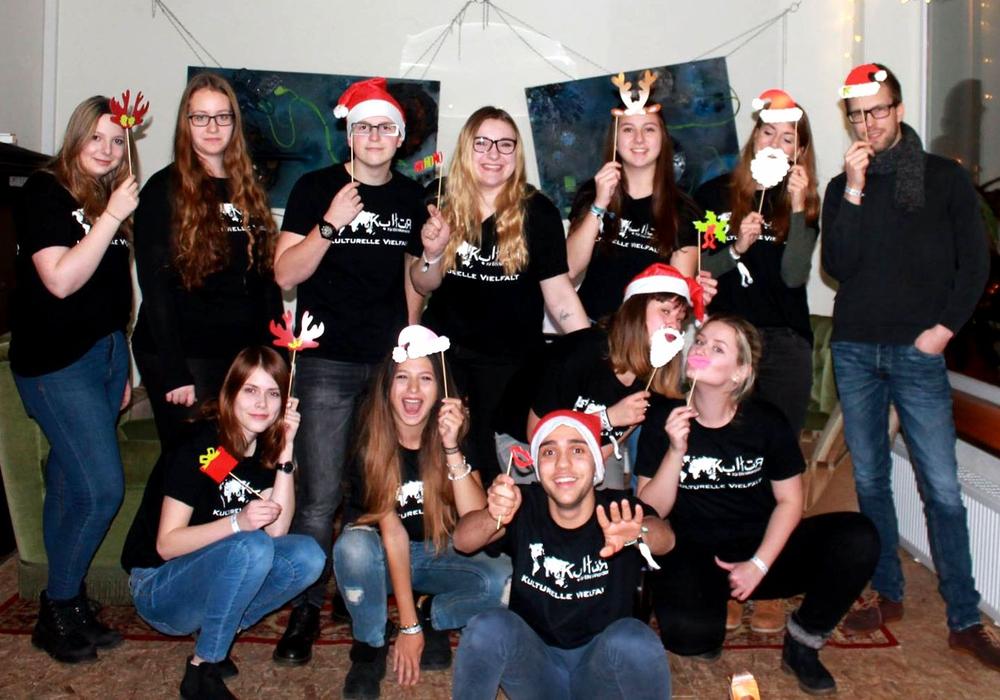 """Die Jugendgruppe """"Kulturelle Vielfalt"""" der Kreisjugendpflege lud zum kulturellen Abend ein. Foto: Landkreis Wolfenbüttel"""