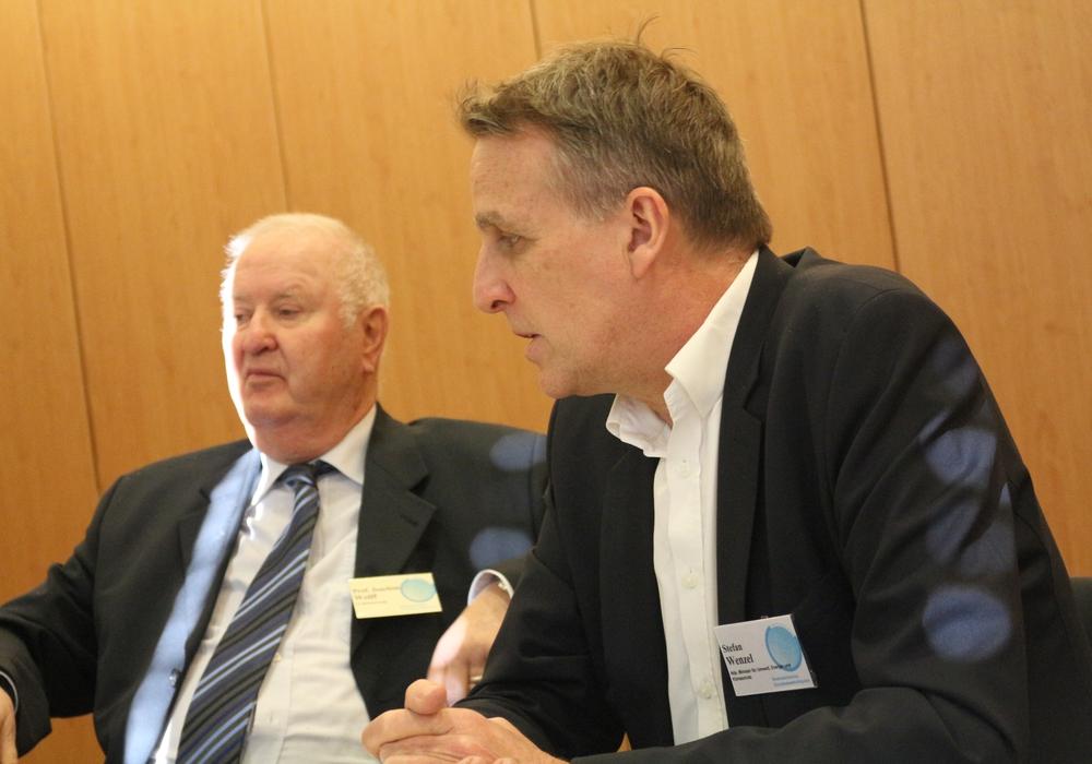 Prof. a.D. Dr. Joachim Wollf, Technische Universität Braunschweig, Stefan Wenzel, Niedersächsischer Minister für Umwelt, Energie und Klimaschutz . Foto: Braumann