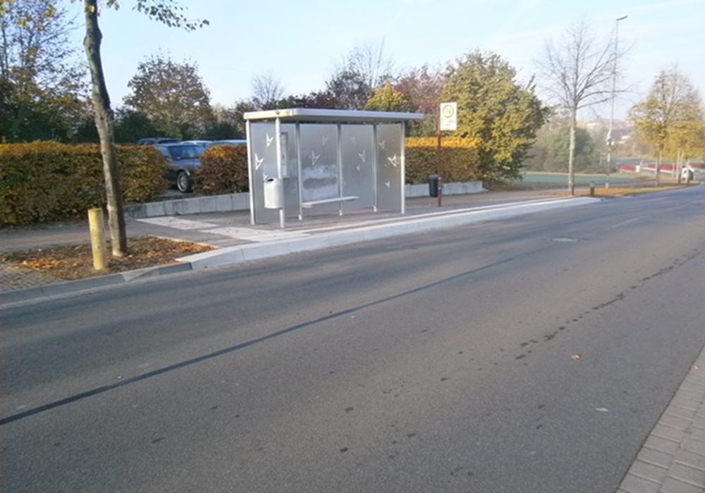 Bushaltestelle Reislingen EKZ Fahrtrichtung Ost. Fotos: Stadt Wolfsburg