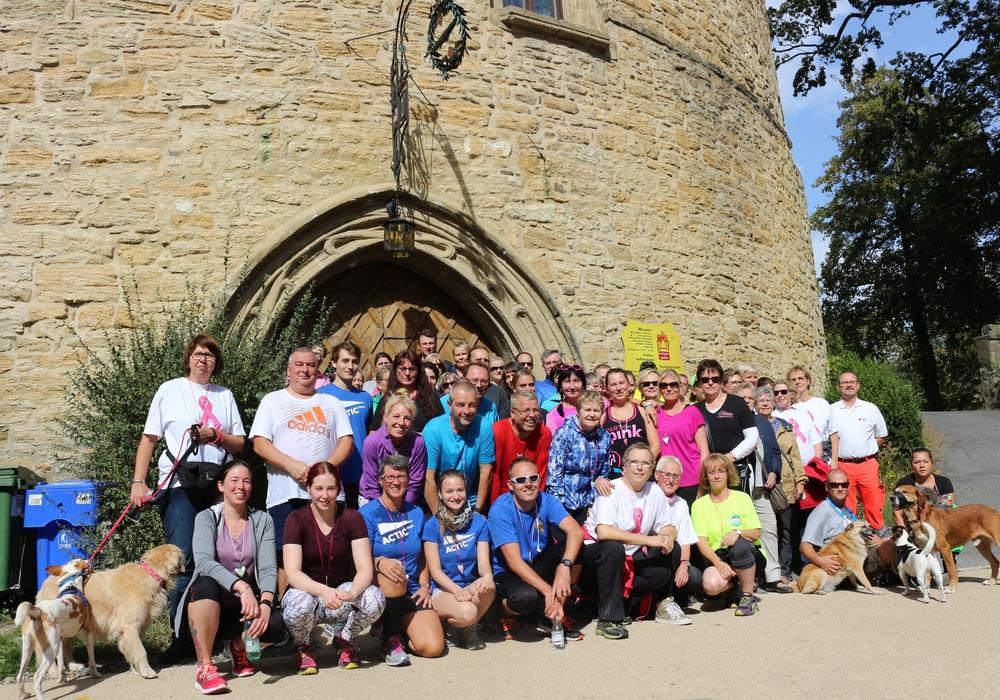 Rund 100 Läufer nahmen am Samstag am Anti-Brustkrebslauf teil. Fotos: Anke Donner