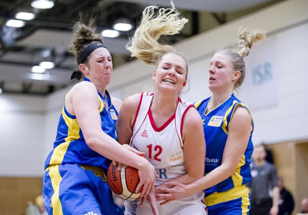 In der zweiten Spielhälfte entschied das Wolfpack das umkämpfte Derby für sich. Fotos: Reinelt/PresseBlen.de