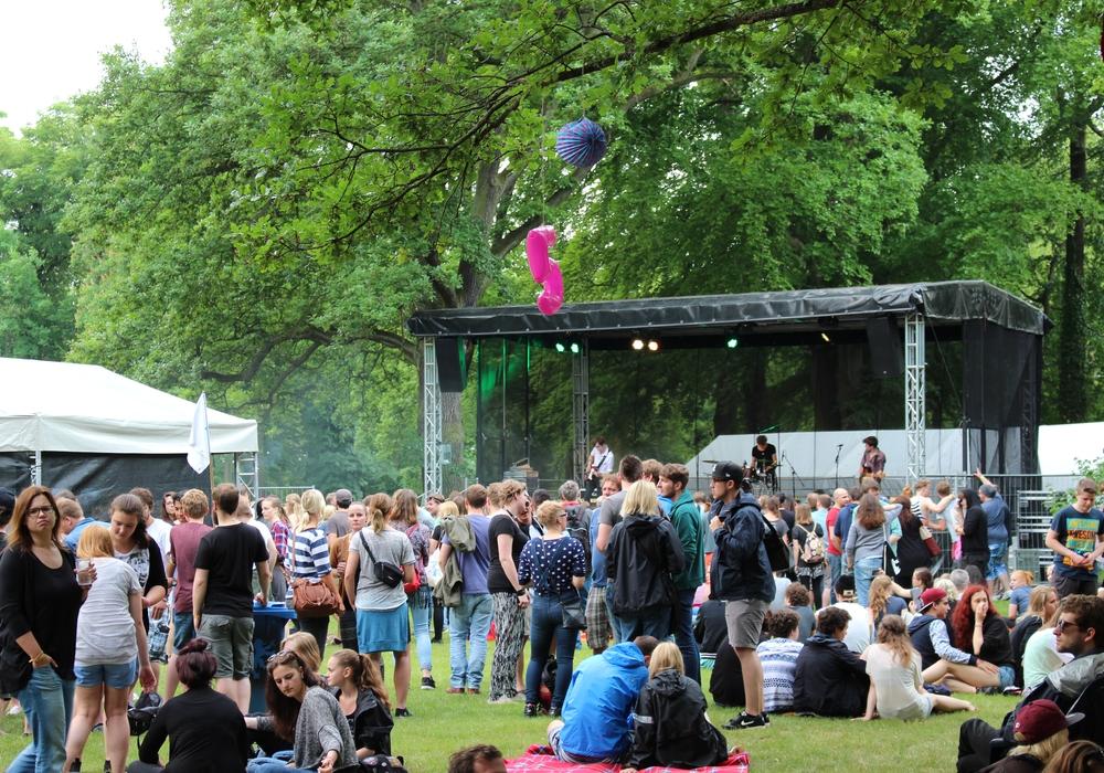 Zwei Bühnen warten auf zirka 2.500 Festivalbesucher. Foto: Archiv/Sina Rühland