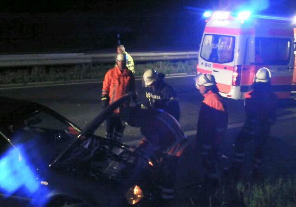 Heute Nacht kam es zu einem schweren Verkehrsunfall bei Halchter. Symbolfoto: Feuerwehr