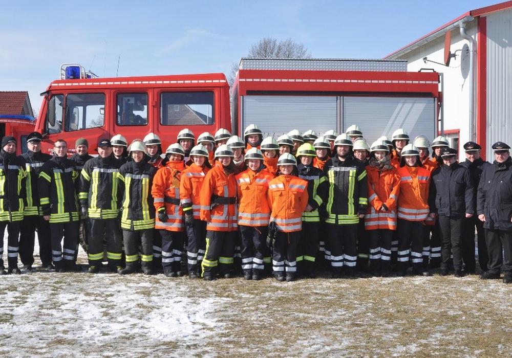 Die Absolventen der Truppmannausbildung 1. Fotos: Samtgemeindefeuerwehr Meinersen/ Schaffhauser