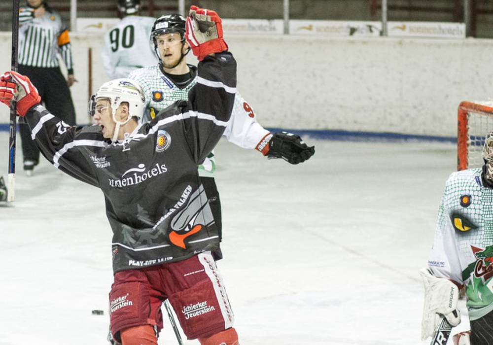 Schnürt künftig wieder die Schlittschuhe für die Harzer Falken: Lukas Brückner. Foto: Fabian Brandes/Sportfoto-BS