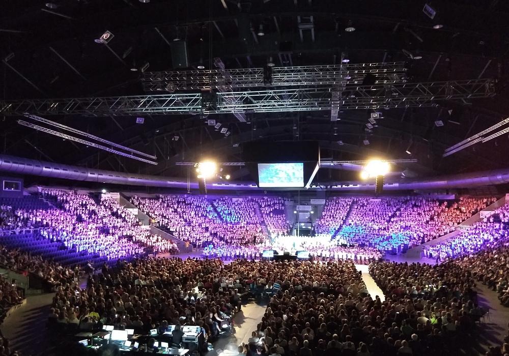"""Bei der Konzert-Veranstaltung """"Klasse! Wir singen"""" klagten Besucher über schlechte Luftverhältnisse in der Halle. Foto: privat"""