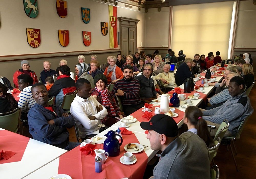 """Über 80 Personen nahem n am Vienenburger """"Cafe ohne Grenzen"""" am vergangenen Samstag teil. Foto: Privat"""