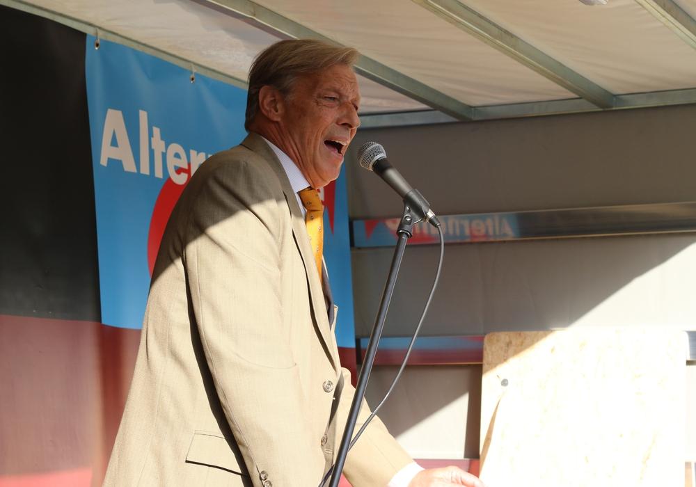 Armin-Paulus Hampel.
