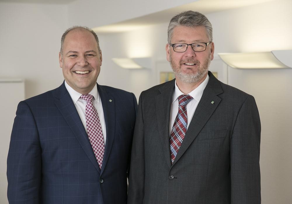 Der Vorstand der PSD-Bank Braunschweig eG ist sichtlich zufrieden mit der Vorjahresbilanz. Foto: Peter Sierigk