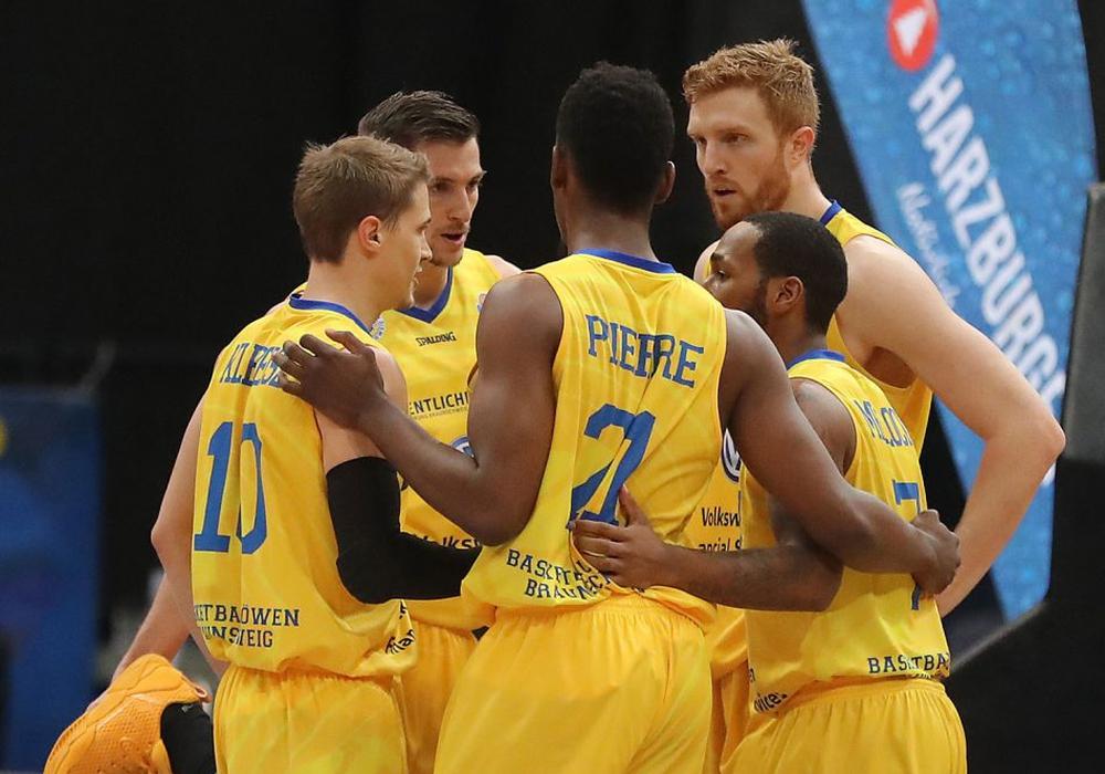 """Menz: """"Wir haben in dieser Saison immer als Team zusammengestanden"""". Foto: Agentur Hübner"""