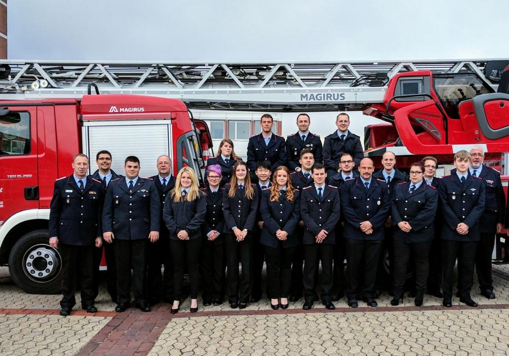 Die Einsatzkräfte trafen sich heute in Helmstedt. Fotos: Feuerwehr/Alexander Weis