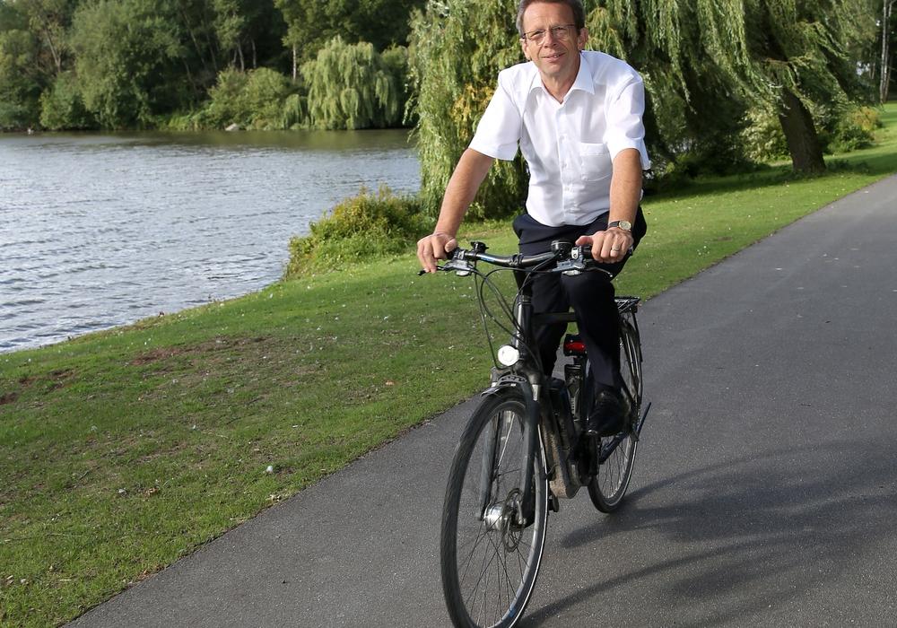 Beim Stadtradeln wieder dabei: Oberbürgermeister Klaus Mohrs. Foto: Stadt Wolfsburg