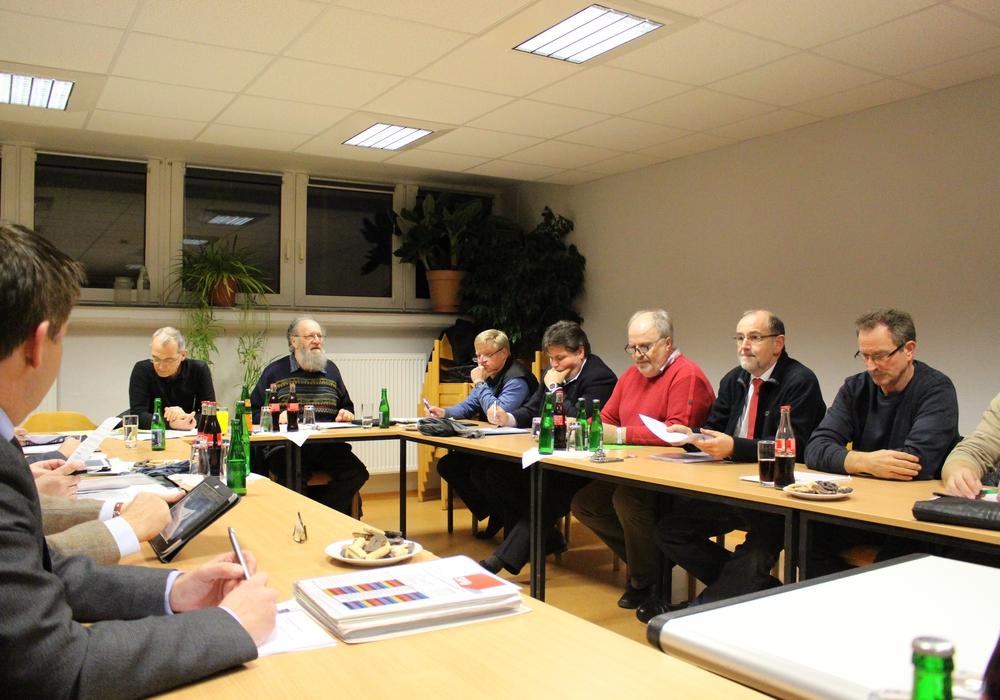 Der Ausschuss der Wirtschaftsbetriebe berät über die Durchführung einer Machbarkeitsprüfung zur Bildung eines Zweckverbandes zwischen den Wirtschaftsbetrieben Goslar und Wolfenbüttel. Foto: Max Förster