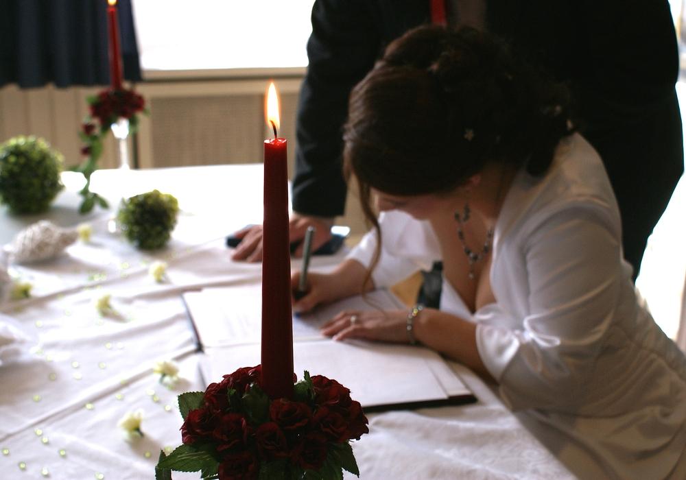 Alles liebe zum Hochzeitstag, Foto: Archiv
