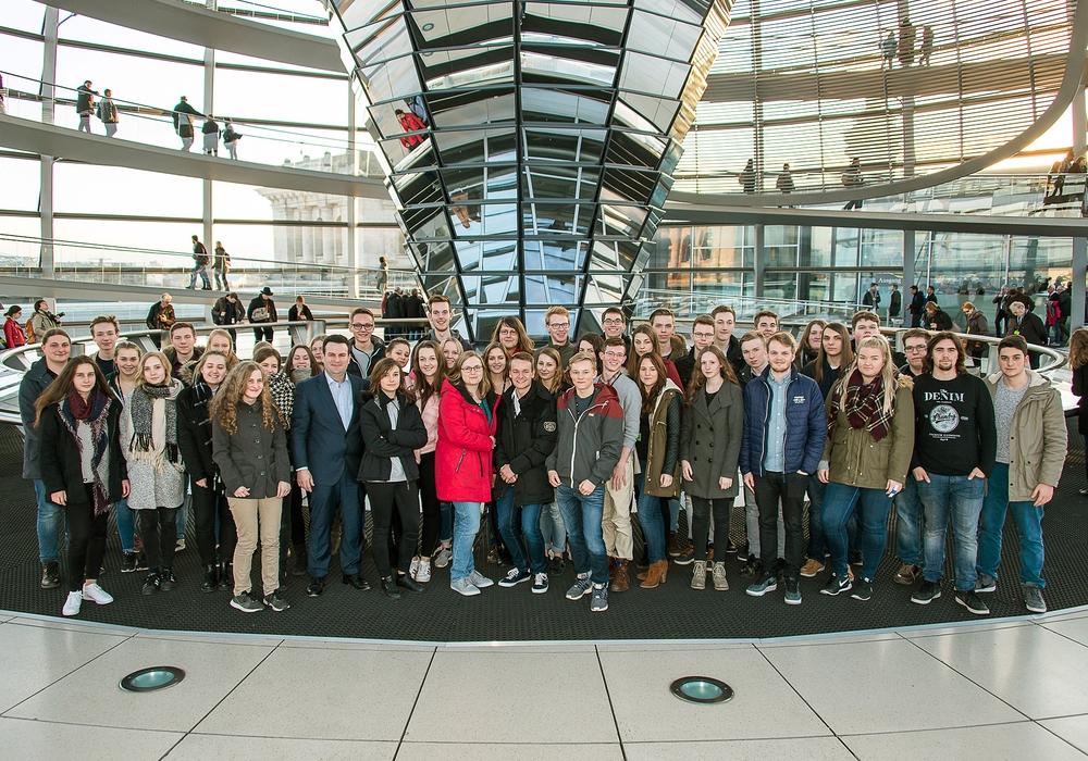 Rund 50 Teilnehmer kamen zum Schnupperkurs Politik nach Berlin. Foto: Hubertus Heil MdB Wahlkreisbüro Peine