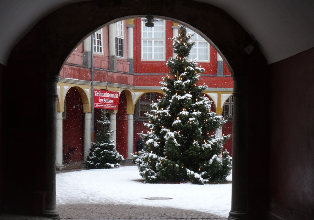 Weihnachtliche Atmosphäre pur, wenn die AG Altstadt Wolfenbüttel am 30. November um 14 Uhr den dreitägigen 38. Weihnachtsmarkt in den Schlossräumen eröffnen wird. Fotos AG Altstadt Wolfenbüttel