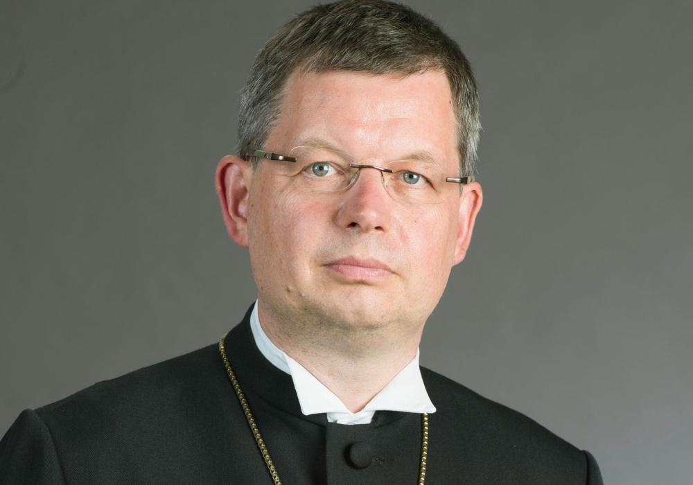 Landesbischof Dr. Christoph Meyns richtet Grüße zu Pfingsten aus.  Foto: Evang. Landeskirche Braunschweig.