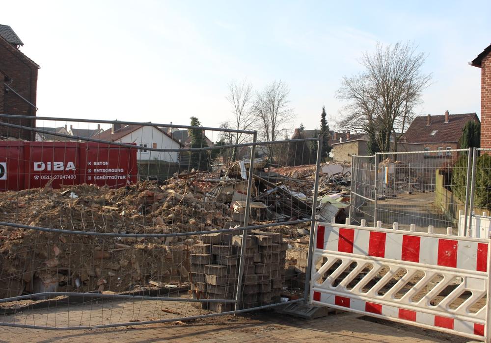 Der Friedrich-Ebert-Platz wird zur Großbaustelle. Foto: Frederick Becker