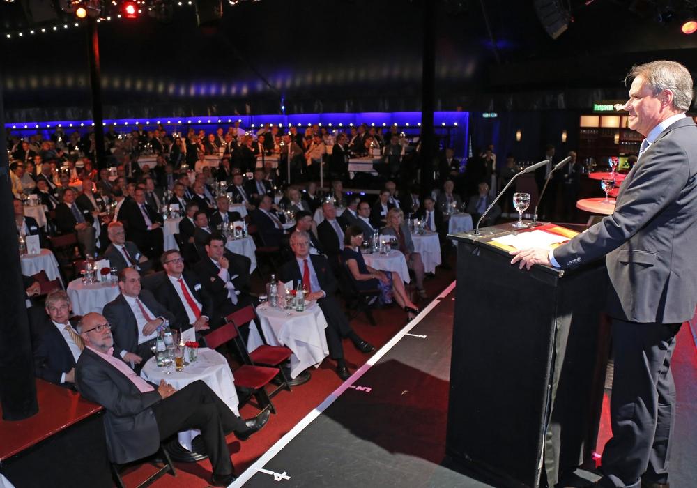 Auch Ostfalia Präsidentin Prof. Dr. Rosemarie Karger, nahm am Parlamentarischen Abend teilt. Foto: Allianz für die region