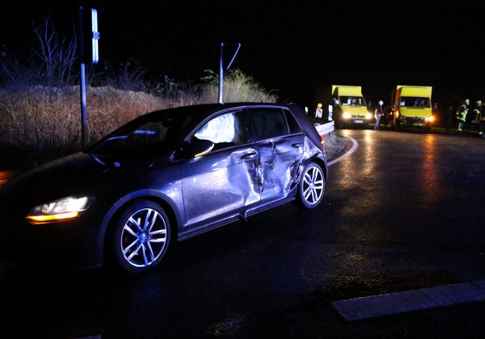 Ein Unfall führte am Freitagabend zur Sperrung der Industriestraße Nord. Foto: Rudolf Karliczek