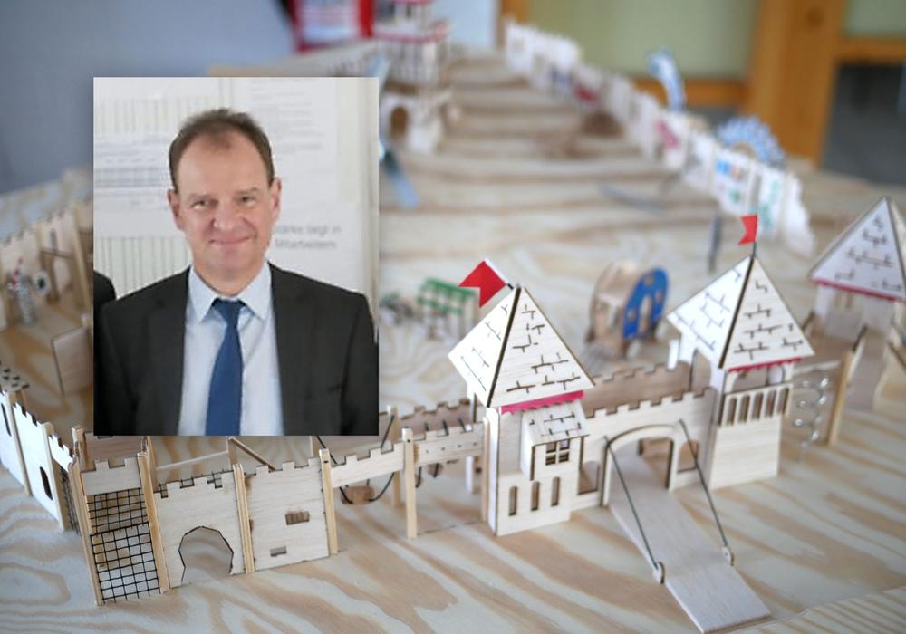 Dieter Leptin, Leiter der SRB, rechnet mit einer Umsetzung des Modells der Wasserburg ab dem 11. September. Foto: Alexander Panknin