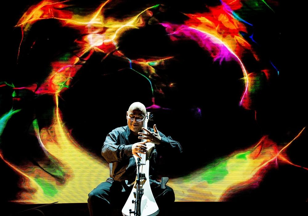 Wolfram Huschke gibt ein Akustik-Cello-Konzert. Foto: Veranstalter