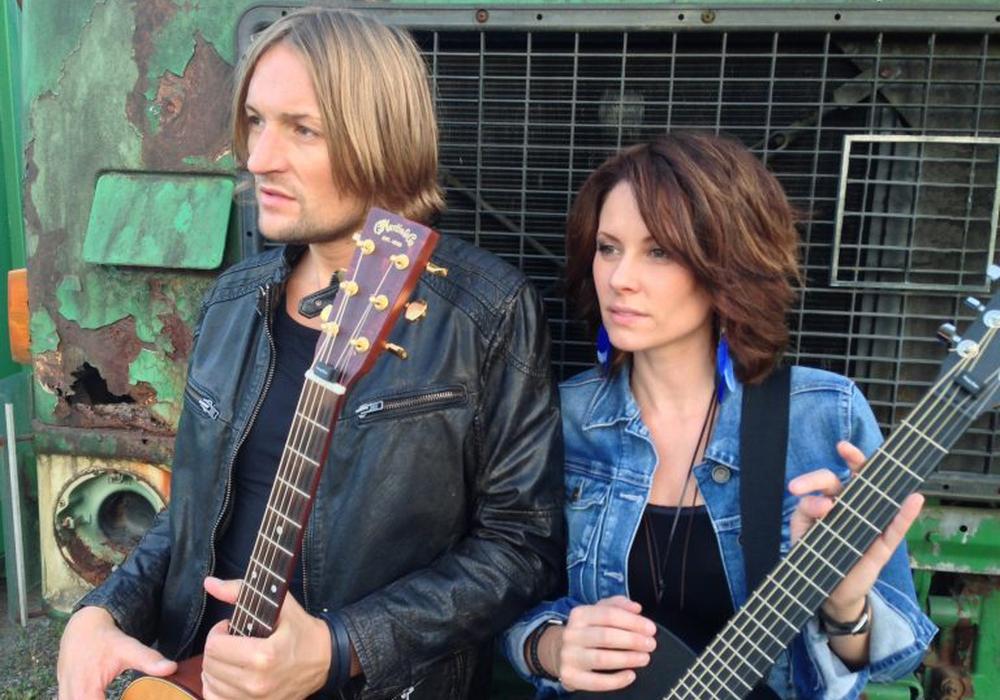 """Das Duo """"Birds of a Feather"""" Amy McKay und Ryan Leon. Foto: Veranstalter"""