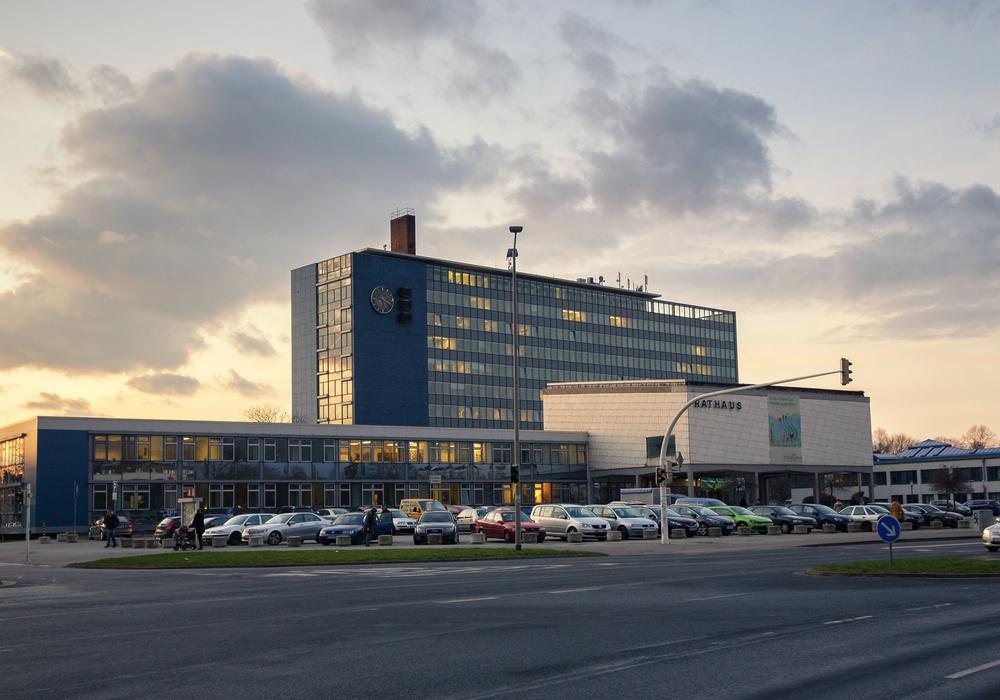 Das Rathaus der Stadt Salzgitter. Foto: Stadt Salzgitter / Andre Kugellis.