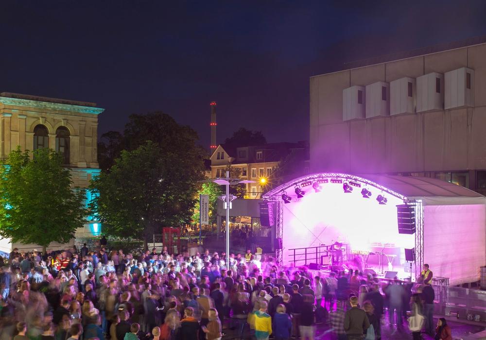 Zur TU-Night am 17. Juni spielen Musiker aus Berlin, Braunschweig und der Region auf vier Bühnen. Foto: Sebastian Olschewski/ TU Braunschweig