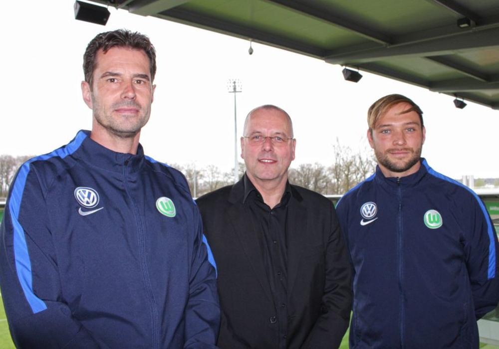Thomas Röttgermann (mitte), mit Ralf Kellermann (links) und Stephan Lerch (rechts). Foto: Frank Vollmer