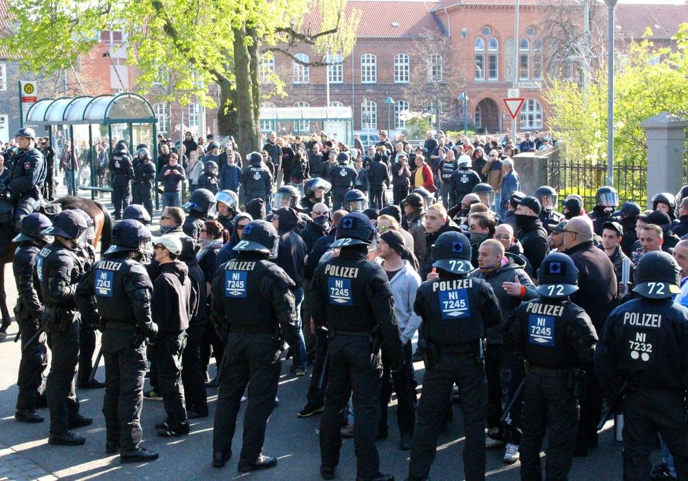 In Braunschweig kam es in der jüngeren Vergangenheit häufiger zu Problemen mit linken und rechten Demonstranten. Foto: Archiv/Sina Rühland