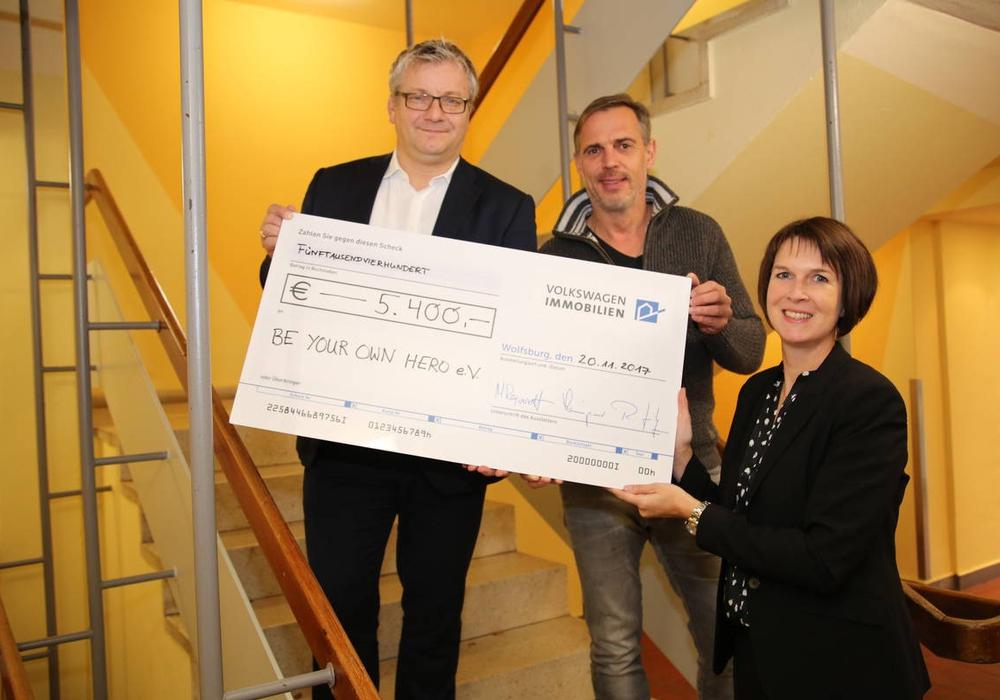 VWI spendet 5.400 Euro für den Bau einer Schule in Südafrika. Foto: VWI