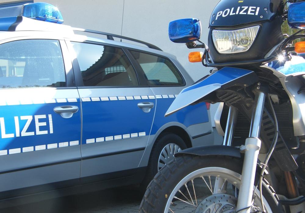 Unfall mit Sachschaden in Höhe von 9.000 Euro. Symbolbild. Foto: Anke Donner