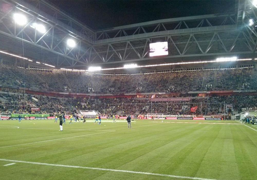 Enttäuschender Abend in der ESPRIT-Arena. Foto: Bernhard Grimm