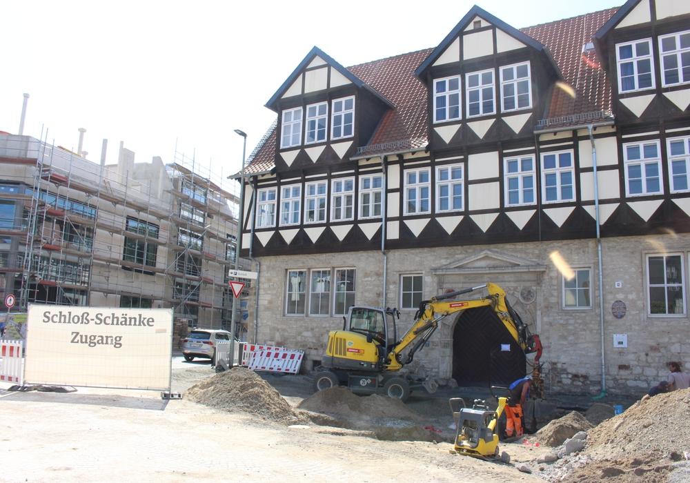 Das Gebäude wird das erste Mal 1561-76 als Wohnhaus des Cort Mente des Älteren, Erzgießer und Baumeister, mit massivem Erdgeschoss und einem Obergeschoss aus Fachwerk erwähnt. Foto: Marvin König