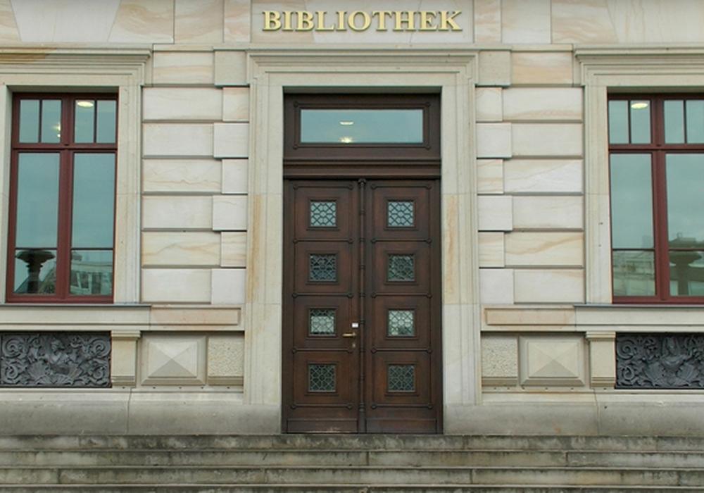 Am 10. Juni wird eine Einführung in die Archivrecherche angeboten. Foto: André Ehlers